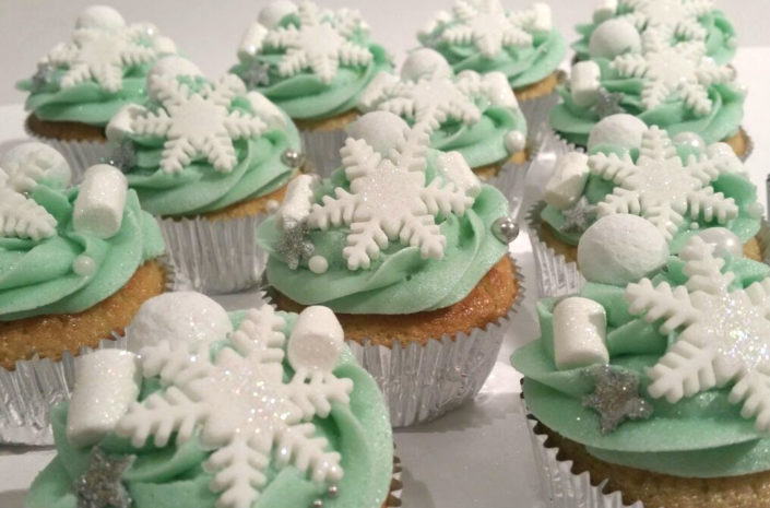 Snowflake sparkle Christmas Winter cupcakes Tamworth