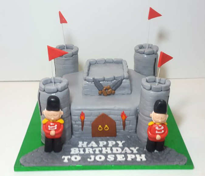 Castle & soldiers birthday cake - Tamworth