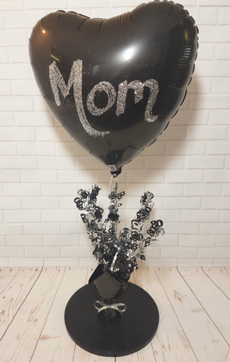 Mom personalised balloon centrepiece - partyware Tamworth