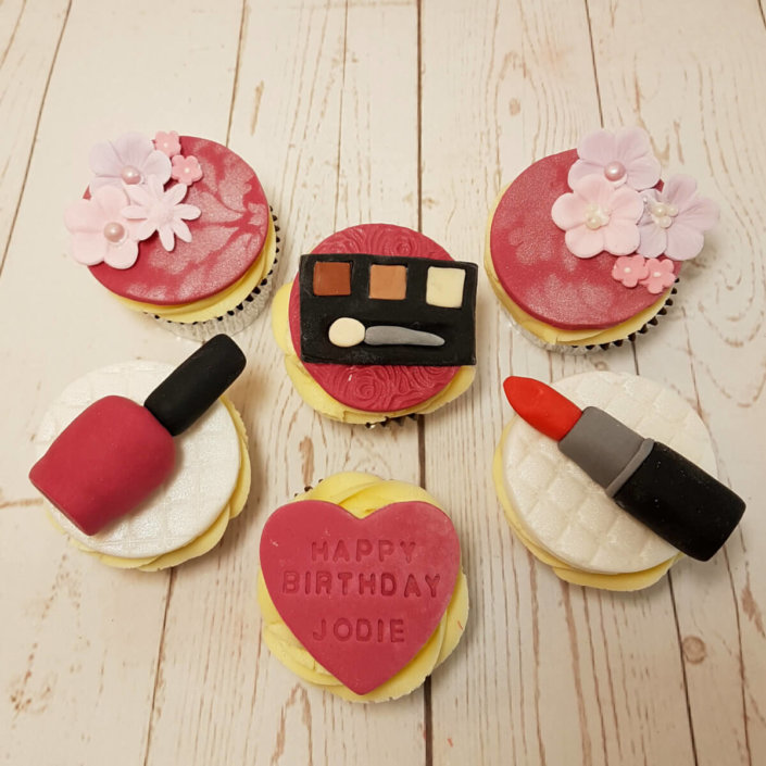Makeup cupcakes - Tamworth