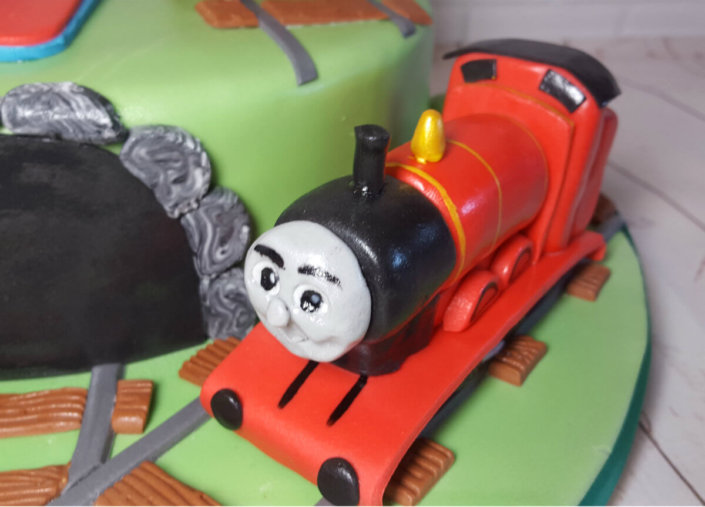 Thomas the tank engine and friends cake topper - tamworth