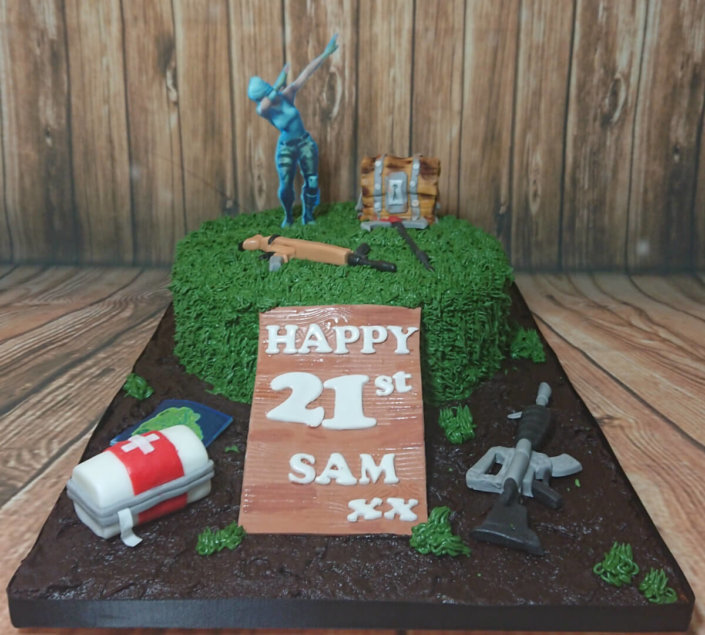 Fortnite game theme cake - tamworth sutton coldfield