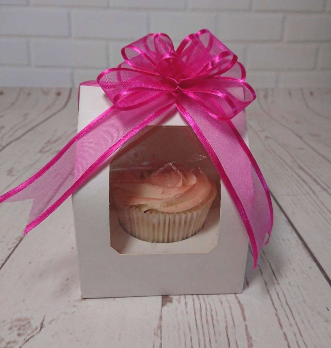 cupcake favour boxes - Tamworth