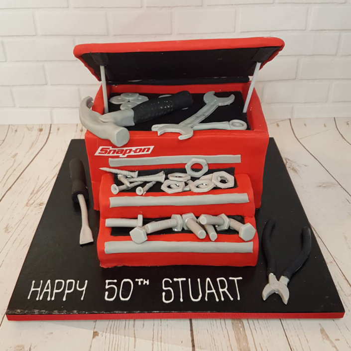 Snap-on tool box novelty cake - tamworth sutton coldfield
