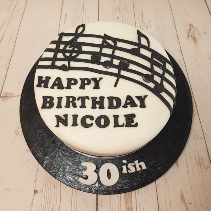 Music note theme birthday cake - Tamworth
