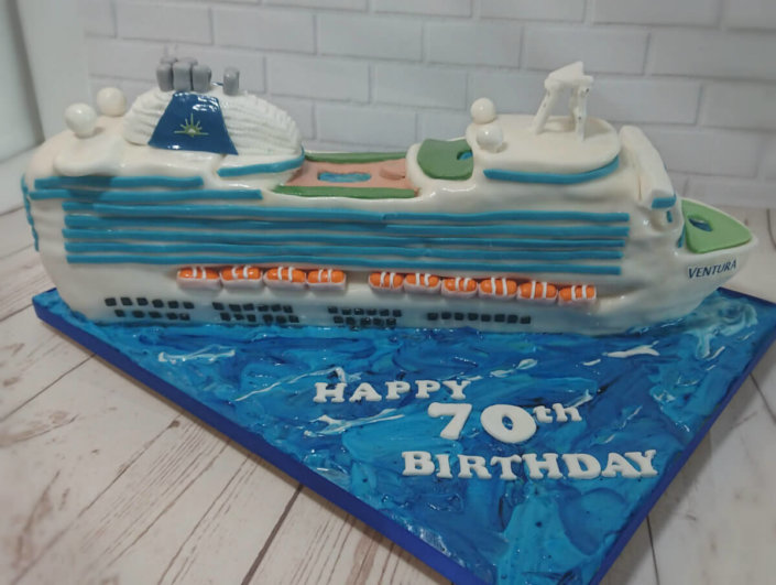 P&O cruise ship novelty sculpted birthday cake - Tamworth Birmingham