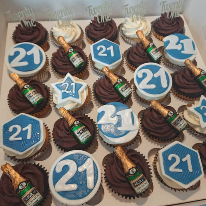 21st birthday cupcakes - Tamworth