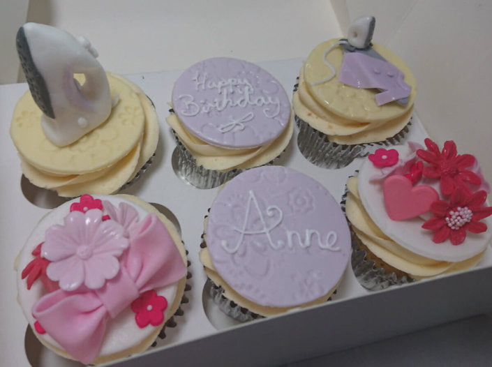 Ironing themed cupcakes - Tamworth