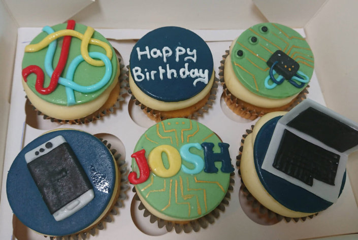 Technology laptop phone theme cupcakes - Tamworth