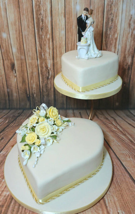 Traditional 2 tier heart shape wedding cake - Tamworth