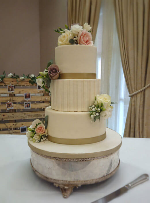 Three tier Vintage rose simple ivory wedding cake design - Tamworth
