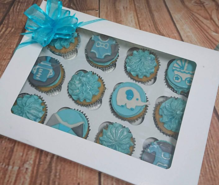 blue elephand baby shower cupcakes
