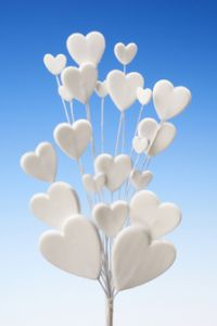 White heart spray icing cake decoration - Tamworth West Midlands