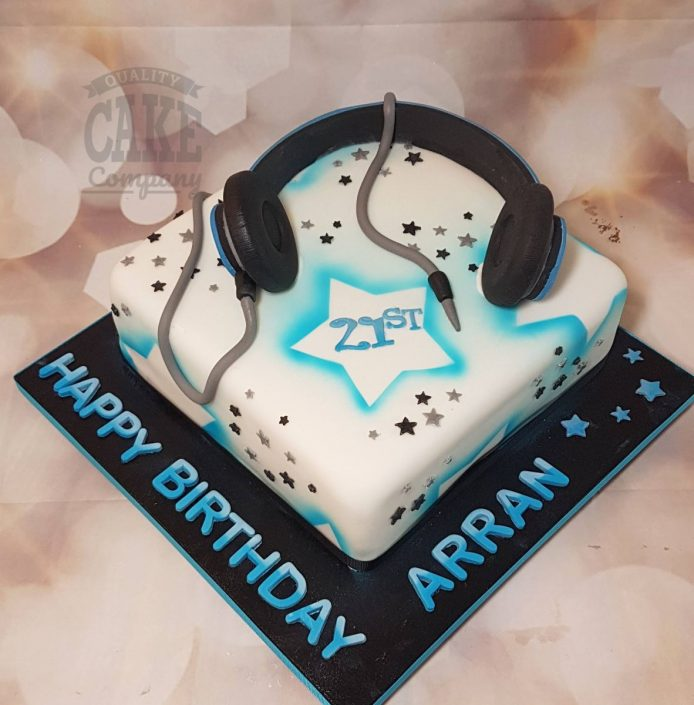 DJ music headphones theme birthday cake - Tamworth