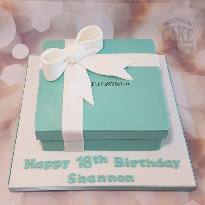 tiffany box with white box birthday cake - tamworth