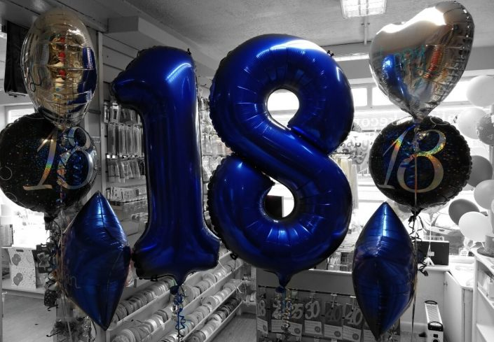 £35 balloon deal exclusive at Quality Cake Company Tamworth - blues and silver theme