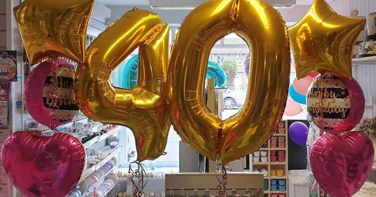gold giant number balloon 40th birthday with matching bunches - tamworth
