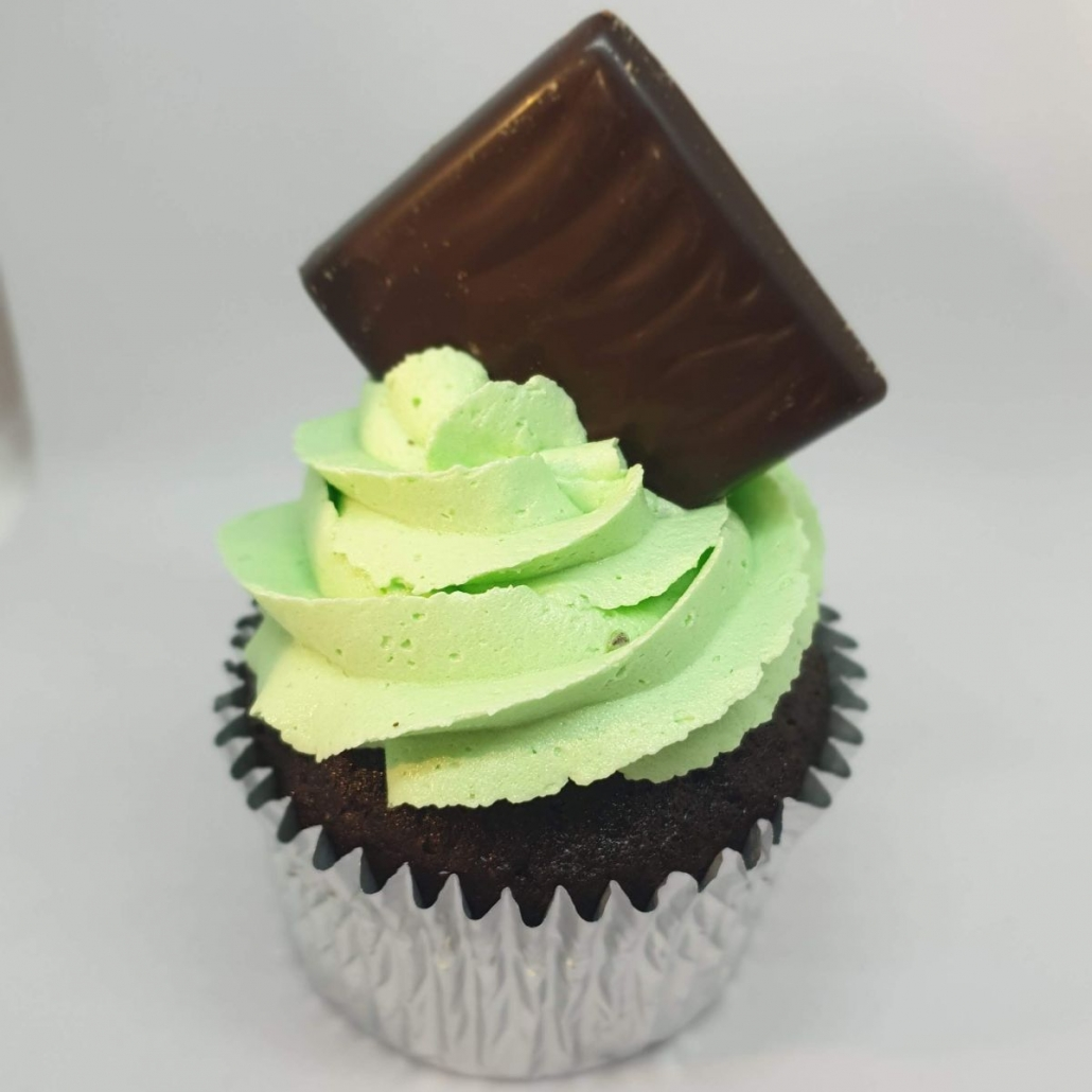 chocolate cake with mint flavour buttercream
