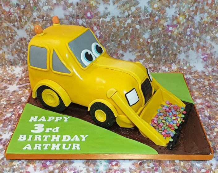 Novelty yellow digger sculpted cake - Tamworth