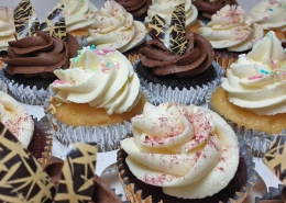 Chocolate and vanilla cupcakes - Tamworth