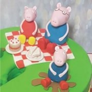 Fondant sugar branded figure Medium Peppa pig family custom cake decorations