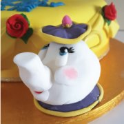 Fondant sugar branded figure small custom cake decoration