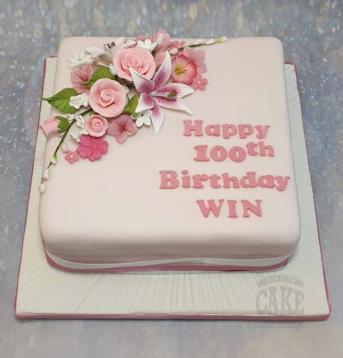Traditional floral cake 100th birthday - Tamworth