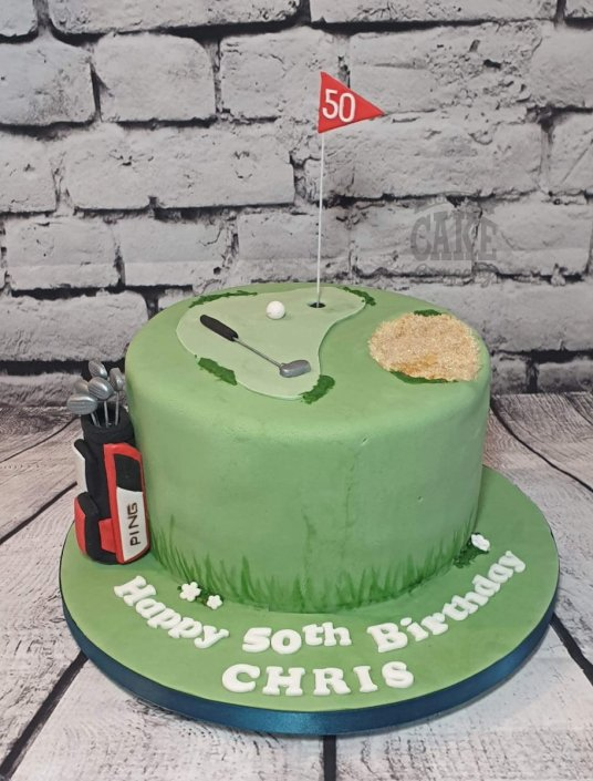 Simple golf theme cake with golf bag - Tamworth